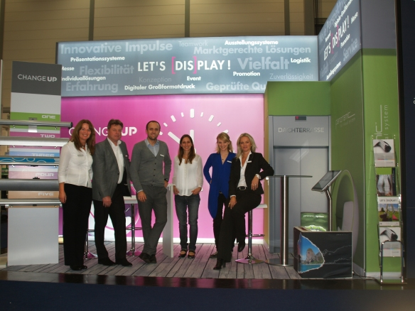 Das omnia concepts Messe-Team